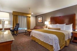 05417_003_Guestroom
