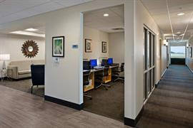 37132_006_Businesscenter