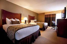 07025_002_Guestroom