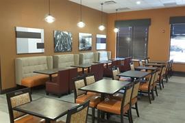 28074_005_Restaurant