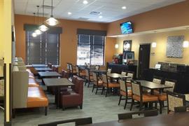 28074_006_Restaurant