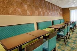 11217_002_Restaurant