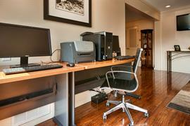 05435_005_Businesscenter