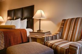 05435_007_Guestroom