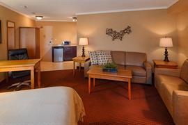 66055_002_Guestroom
