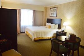 70278_007_Guestroom