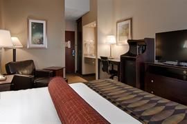 14204_007_Guestroom