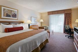 48092_001_Guestroom