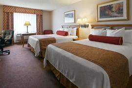 48092_004_Guestroom
