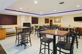 14105_007_Restaurant