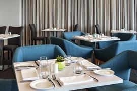 97452_002_Restaurant