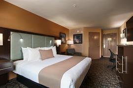 05713_007_Guestroom