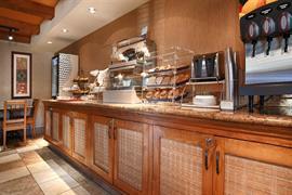 05693_005_Restaurant