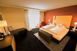 95333_005_Guestroom