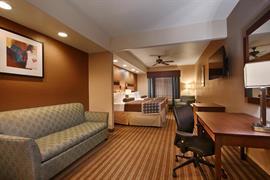 44653_006_Guestroom