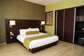70806_003_Guestroom