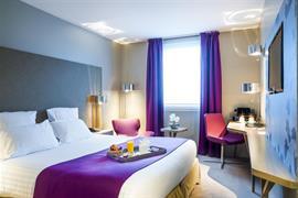 93796_003_Guestroom