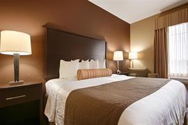 48172_006_Guestroom