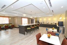 44738_006_Restaurant
