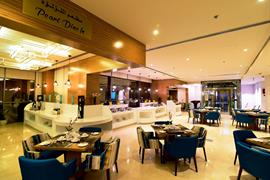 76707_007_Restaurant