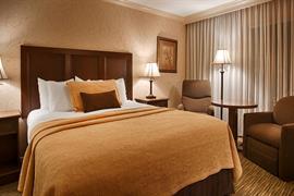 05182_007_Guestroom