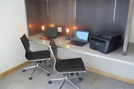 13061_002_Businesscenter