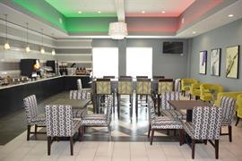 44721_003_Restaurant