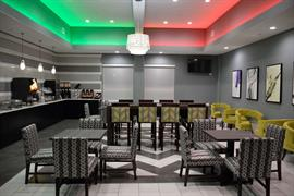 44721_004_Restaurant