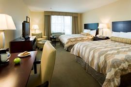 39121_006_Guestroom