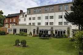 pinewood-hotel-grounds-and-hotel-43-83933