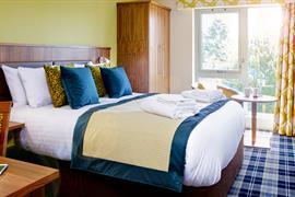pinewood-hotel-bedrooms-45-83933