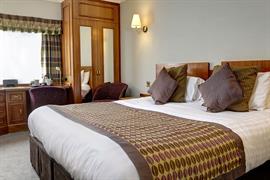 pinewood-hotel-bedrooms-53-83933