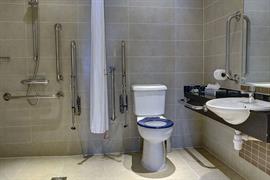 pinewood-hotel-bedrooms-57-83933