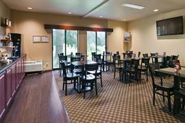 48106_002_Restaurant