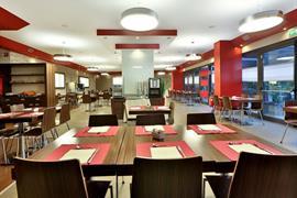 98294_007_Restaurant