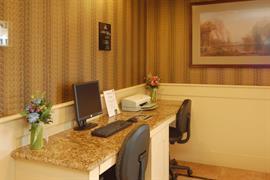 05565_004_Businesscenter