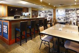 62072_004_Restaurant