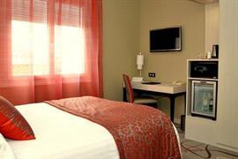 93563_007_Guestroom