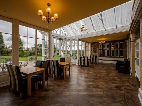 Rogerthorpe Manor Hotel, BW Signature Collection by Best Western