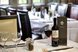 rogerthorpe-manor-hotel-dining-28-83653