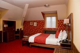 rogerthorpe-manor-hotel-bedrooms-11-83653
