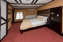 rogerthorpe-manor-hotel-bedrooms-15-83653