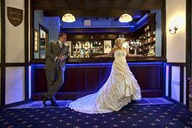 rogerthorpe-manor-hotel-wedding-events-08-83653