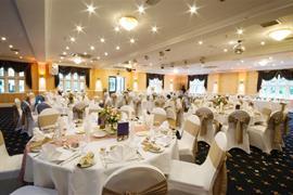 rogerthorpe-manor-hotel-wedding-events-10-83653