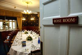 rogerthorpe-manor-hotel-wedding-events-11-83653