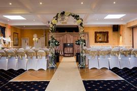 rogerthorpe-manor-hotel-wedding-events-16-83653