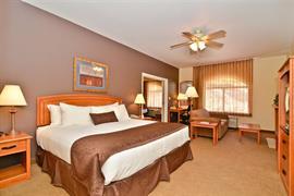 32102_002_Guestroom