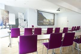 73128_002_Meetingroom