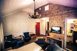 73128_004_Guestroom