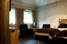 73128_006_Guestroom